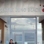Courseulles/mer. Musée de Juno Beach très intéressant. Il faut prévoir  2h de visite.et jeune ca