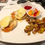 Madison's Grill - Eggs Benedict.