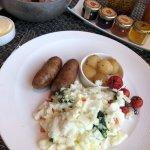 Breakfast at MOzen Bistro