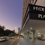 Photo of Oaks Hyde Park Plaza