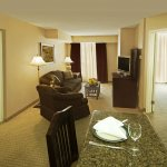2 Bedroom Apartment Like Suite ideal for Families or Co-workers