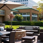 Photo de Courtyard San Mateo Foster City