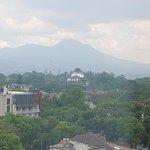 Foto de The Luxton Bandung