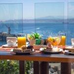 Desayuno con vista panorámica a la bahía de Valparaíso