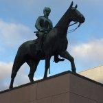 Valokuva: Mannerheimin ratsastajapatsas