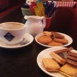 Фотография Bleecker Street Cafe Bar