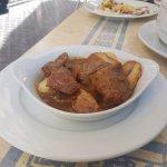 Tapa: Carrillada en Salsa.. muy tierna y buen sabor.