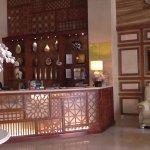 Photo de Au Lac II Hotel