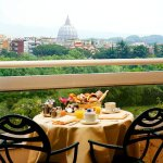 Photo de Courtyard by Marriott Rome Central Park