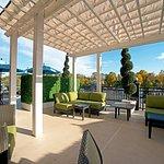 Photo of Courtyard Saratoga Springs