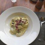 Foto Tutto Bene Restaurant and Bar