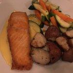 Фотография Commodore Waterfront Restaurant