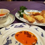 Wun Tun and sweet and sour sauce