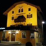 Photo of Ambra Cortina Hotel