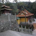 Храм Ютай, вид сбоку