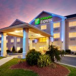 Holiday Inn Express Gibson Photo