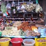 Medicinas naturales para curar todo tipo de enfermedades en el mercado de Belen