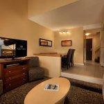 Mountain Side Loft - Living area