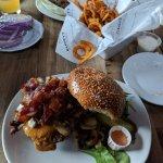 Foto de Barney's Gourmet Hamburgers