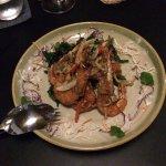 Shrimps with hot & sour sauces