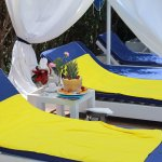 Pool lounges with free towels