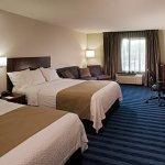 Executive Queen/Queen Guest Room