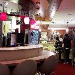 Dinning & Drinks area
