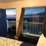 Фотография Dolphin Cove Motel