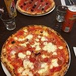 ภาพถ่ายของ Luigi's Pizza