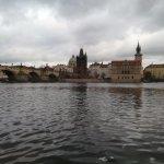 Photo de Prague Airport Transfers
