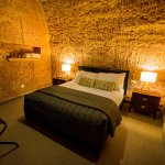 Photo de The Lookout Cave Underground Motel