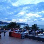 Photo de La Flora Resort Patong
