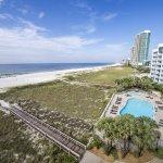 Photo de Island House Hotel Orange Beach - a DoubleTree by Hilton