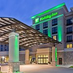 Photo de Holiday Inn Hotel & Suites Red Deer South