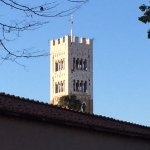 Views of Lucca's towers as you go round...