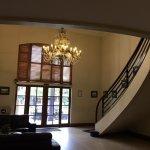 Adelaide Inn resmi