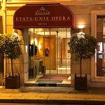 Photo of Hotel Etats-Unis Opera
