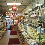 Φωτογραφία: Famous Deli-Licious Italian Pork Store