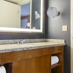Superior Corner King Suite Bath
