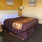 Foto de Americas Best Value Inn & Suites - East Toledo / Millbury