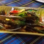 Green mussels in chili paste