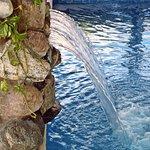 cascada de la piscina cubierta