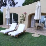 Suite Sete - our private patio with loungers