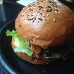 Gormet pulled beef burger