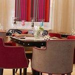Photo de Hotel Byblos Saint Tropez