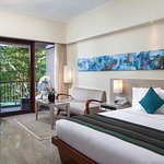 Foto Courtyard by Marriott Bali Nusa Dua Resort