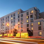 Photo of SpringHill Suites by Marriott New York LaGuardia Airport