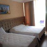 L'Etoile Hotel Foto