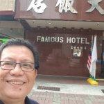 Famous Hotel Foto