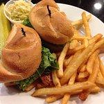 ภาพถ่ายของ Colony Diner & Restaurant